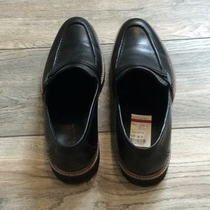 Kenneth Cole Reaction Shoes - Brand new Men's Black Loafers